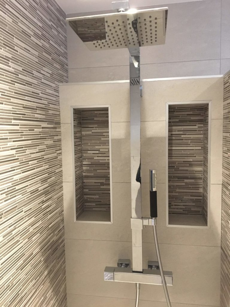 LCD - Pose de carrelage douche à l'italienne