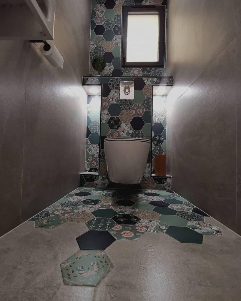 Carrelage sous WC suspendu
